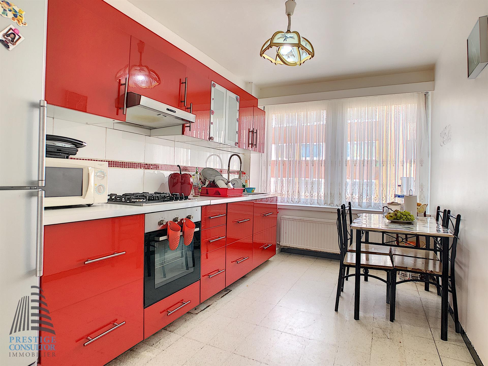 Appartement - Molenbeek-Saint-Jean - #3827564-1