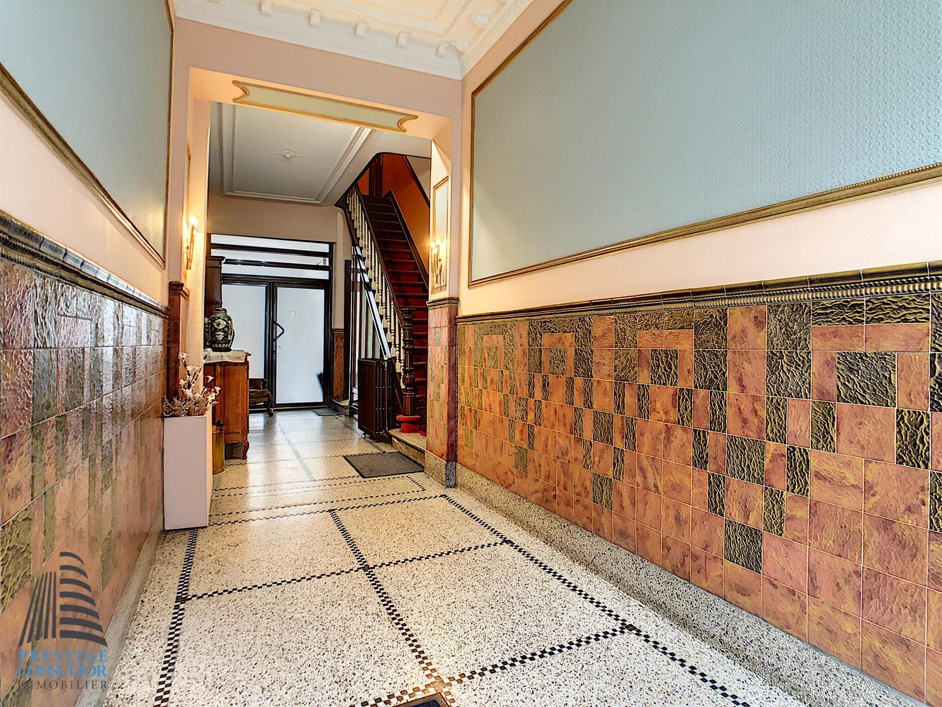 Appartement - Schaerbeek - #4023608-8