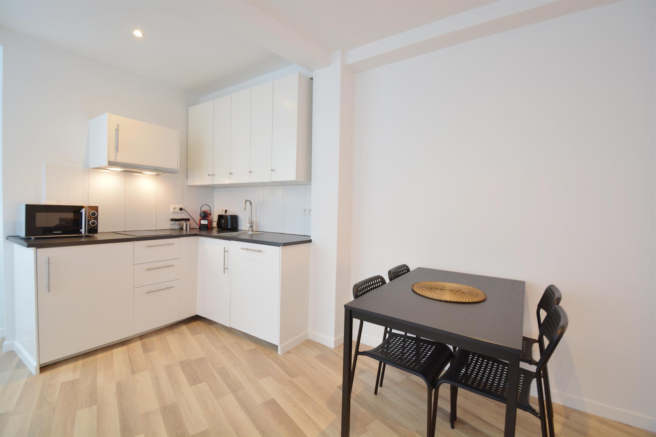Appartement - Saint-Josse-ten-Noode - #4035286-4