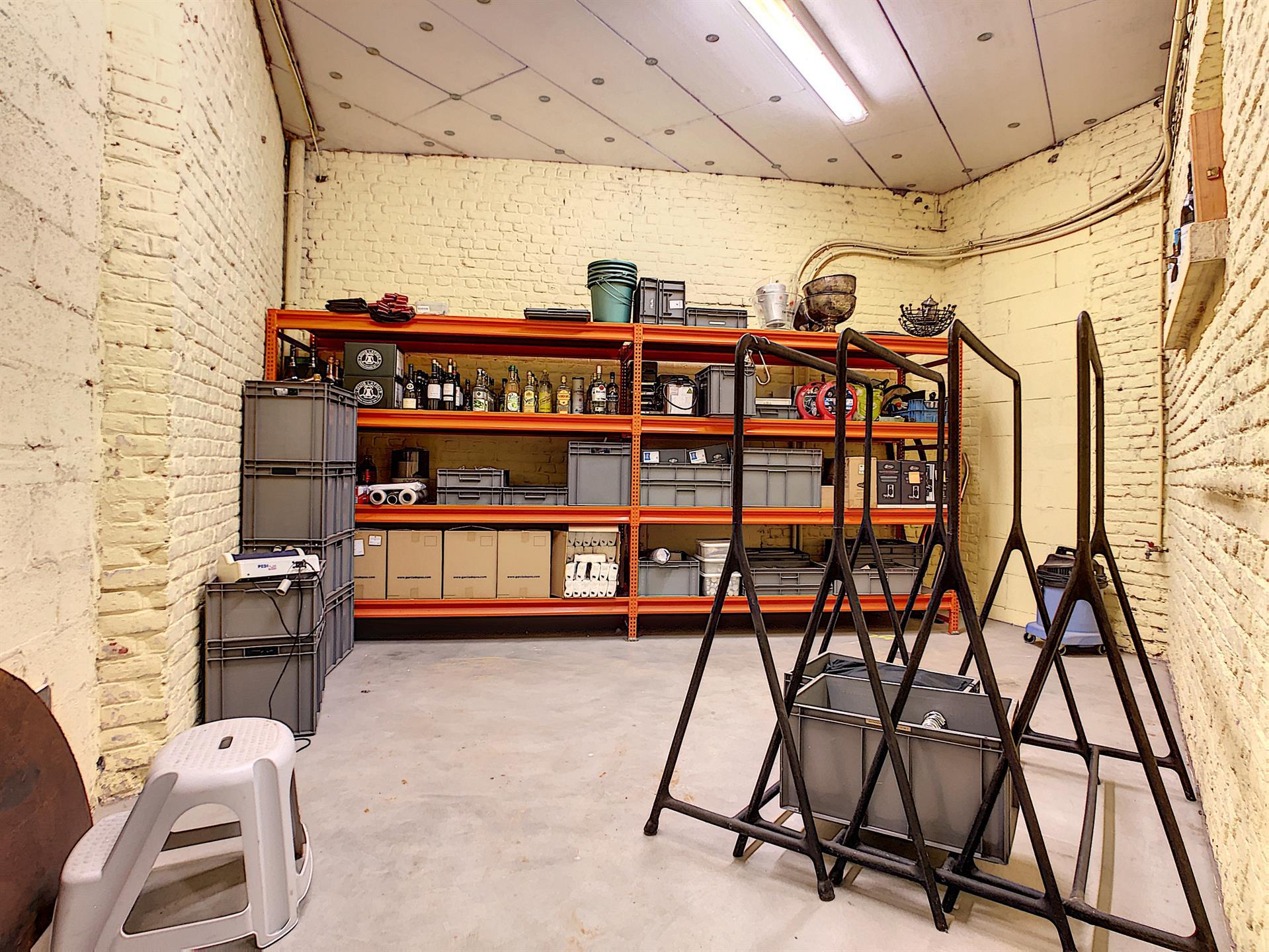 Bureaux & entrepôts - Molenbeek-Saint-Jean - #4036306-2