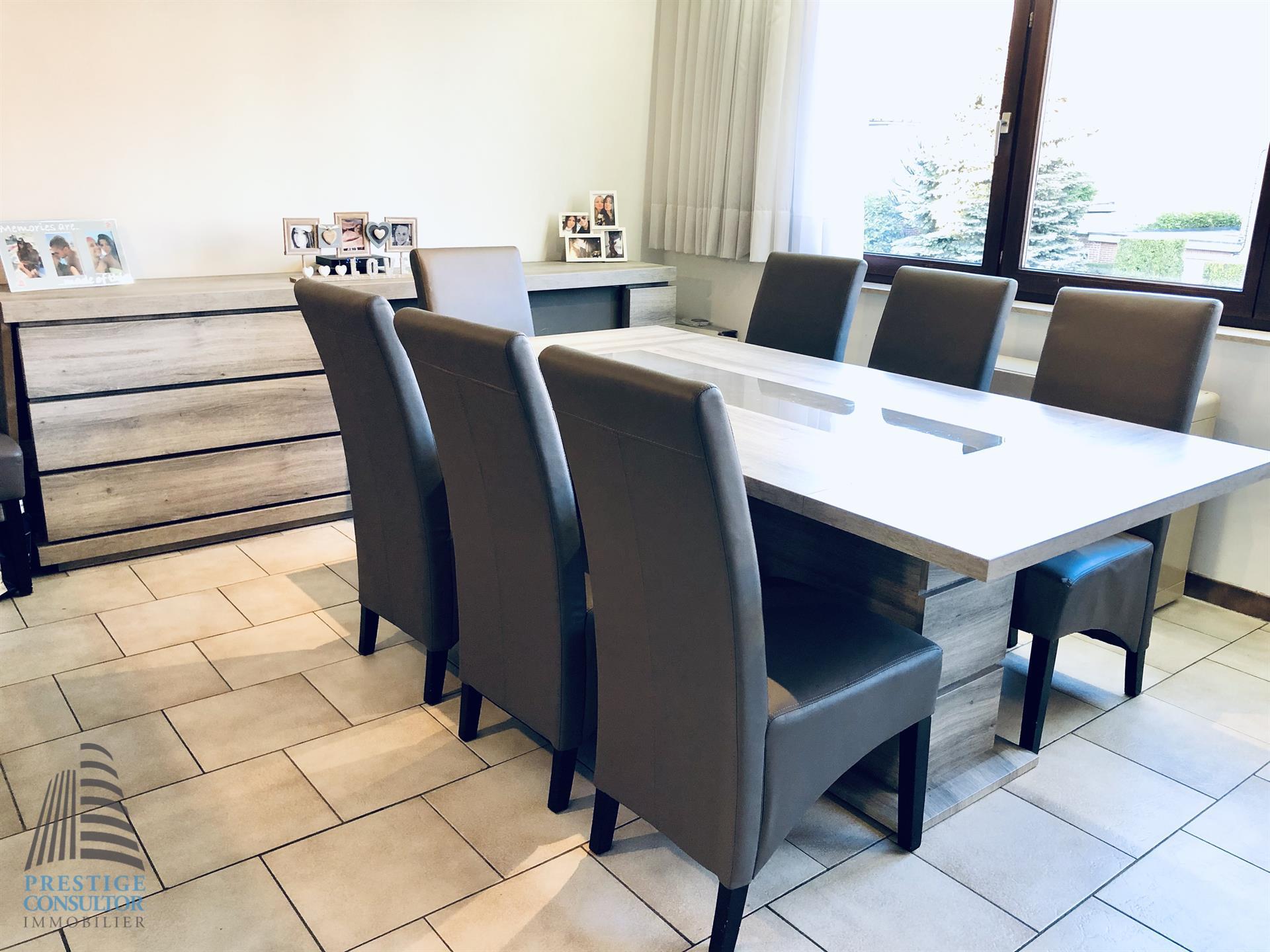 Appartement - Sint-Pieters-Leeuw - #4079020-1