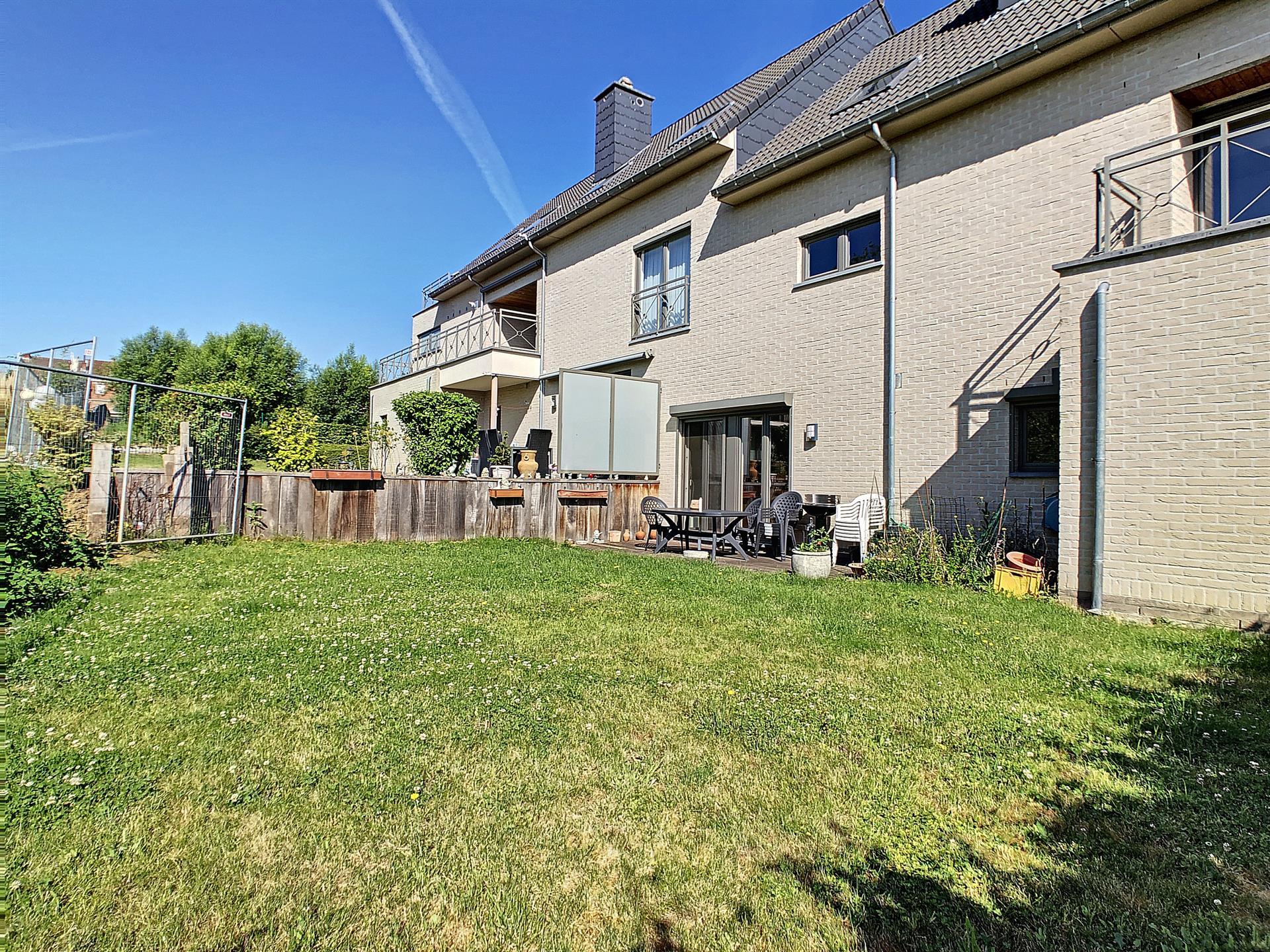 Rez-de-ch. avec jardin - Sint-Pieters-Leeuw - #4080569-10