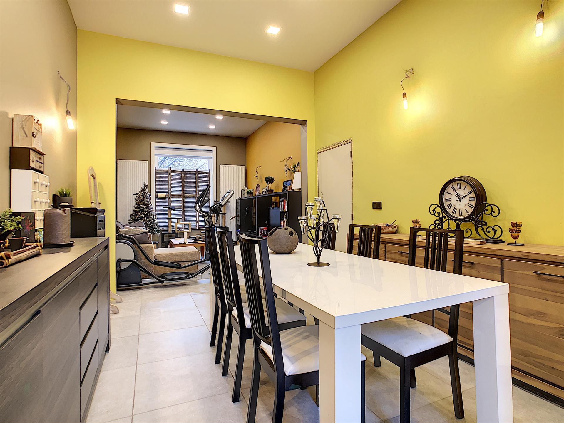 Maison unifamiliale - Anderlecht - #4085000-0