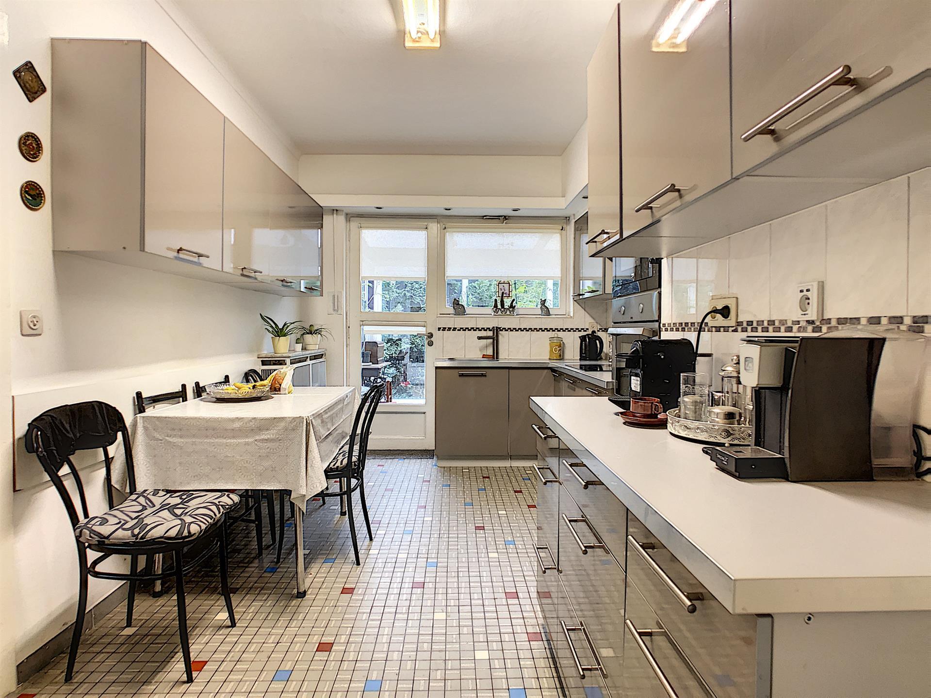 Villa - Dilbeek - #4087883-7