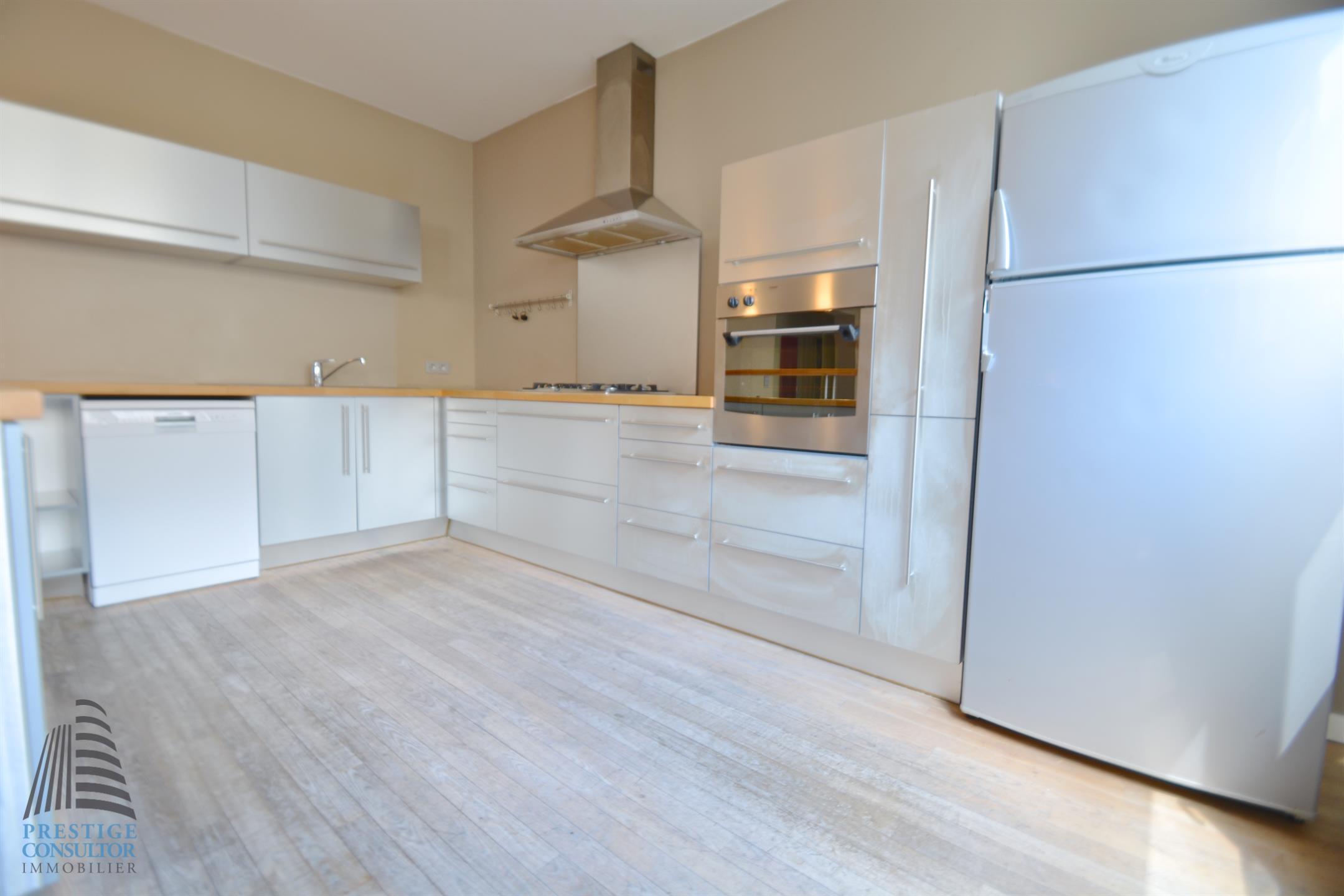 Appartement - Ixelles - #4100145-2