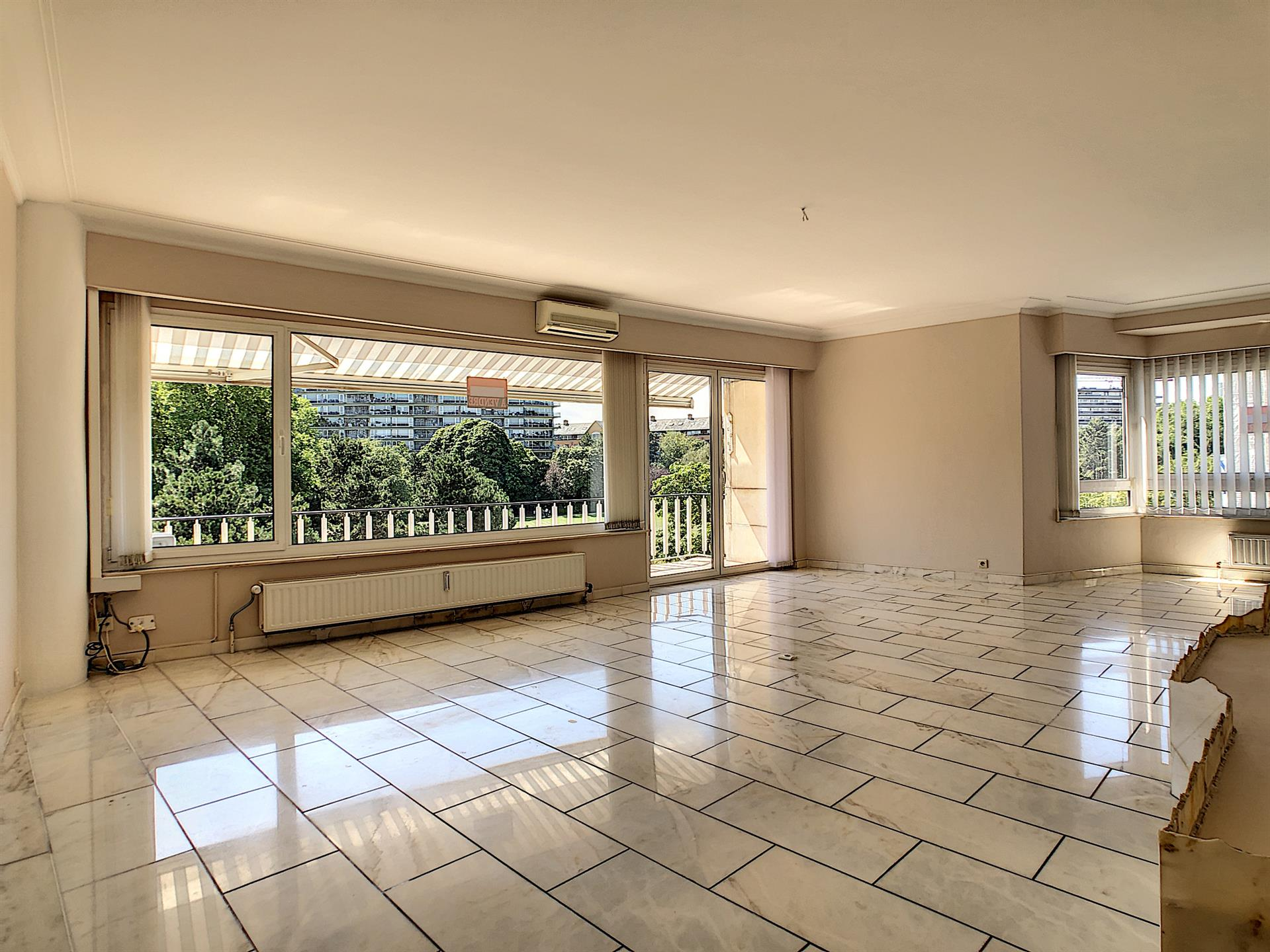 Appartement - Molenbeek-Saint-Jean - #4100298-2