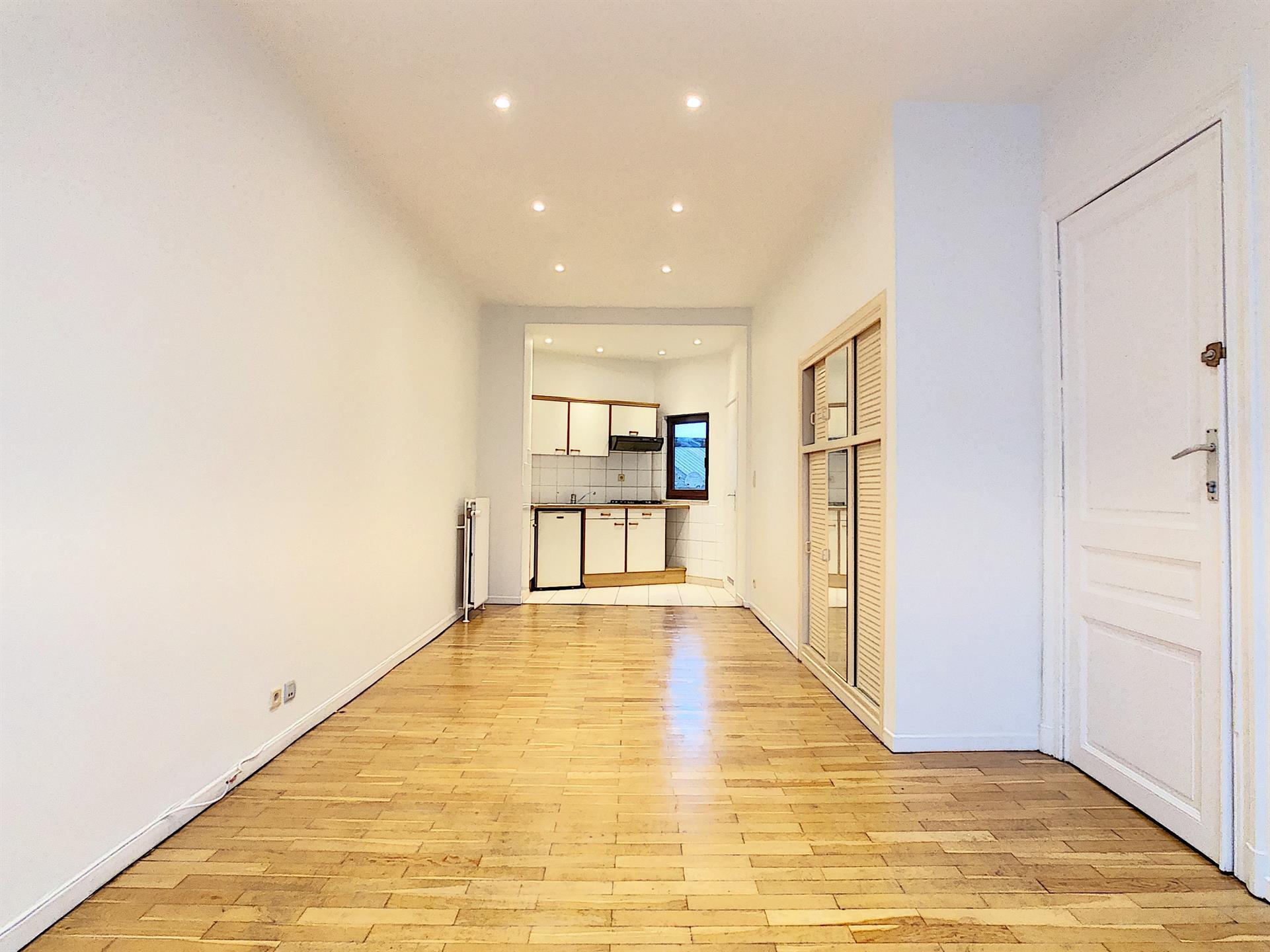 Maison unifamiliale - Anderlecht - #4146293-1