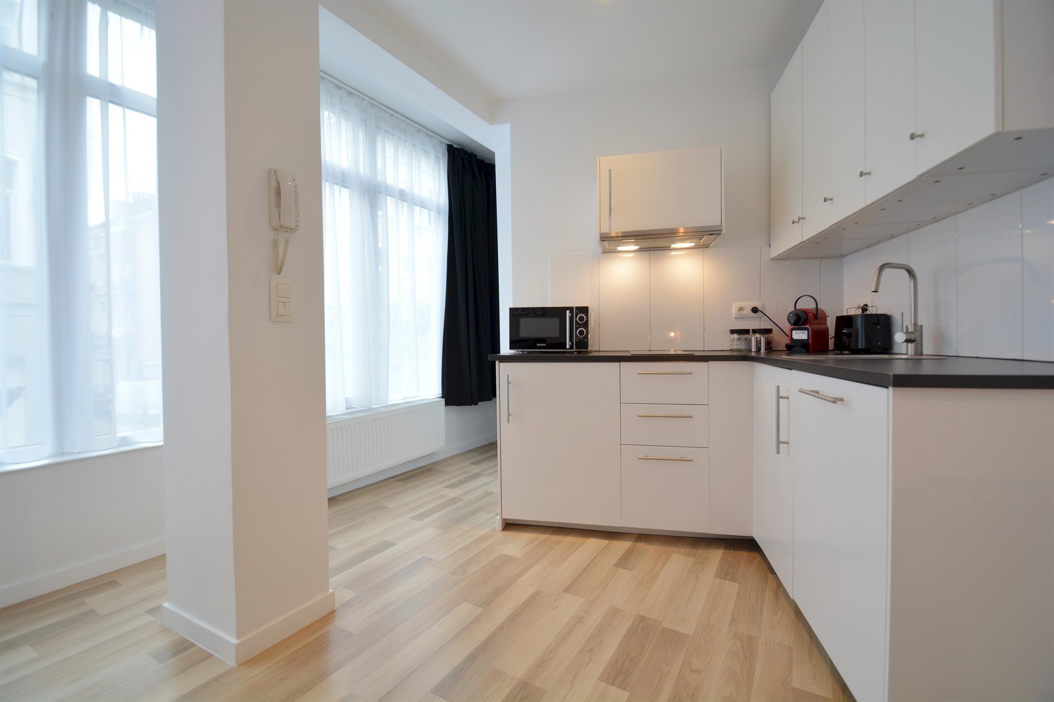 Appartement - Saint-Josse-ten-Noode - #4148836-3